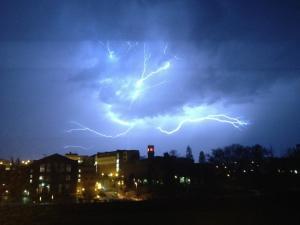 Lightning pullman